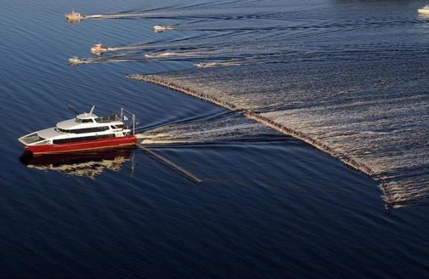 Boat & Jet ski.jpg